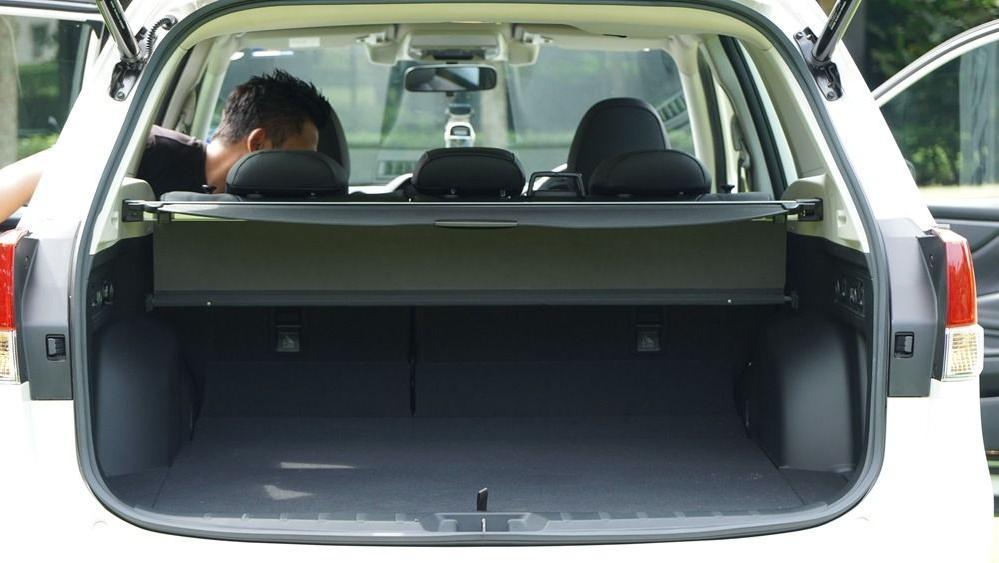 2019 Subaru Forester 2.0i-S EyeSight Interior 033
