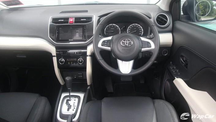 2019 Toyota Rush 1.5S AT Interior 001