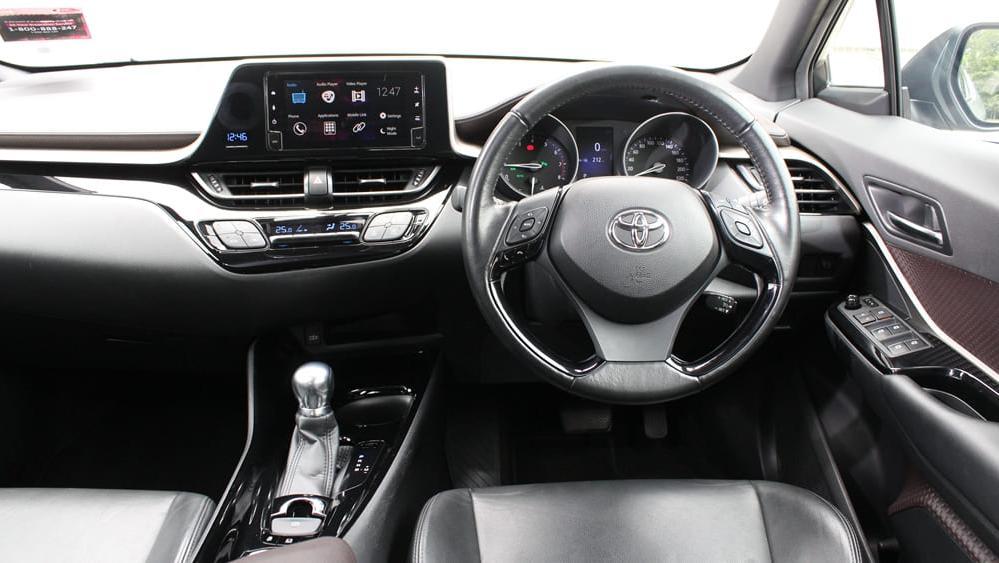 2019 Toyota C-HR 1.8 Interior 001