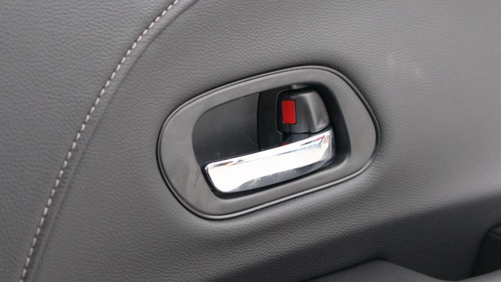 2019 Honda HR-V 1.8 E Interior 045