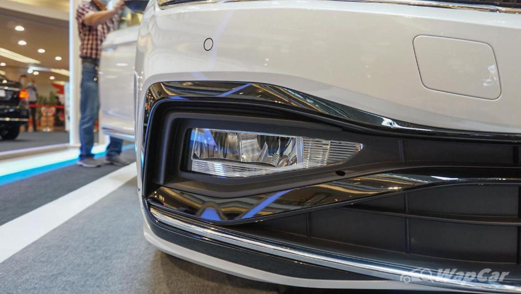 2020 Volkswagen Passat 2.0TSI R-Line Exterior 023