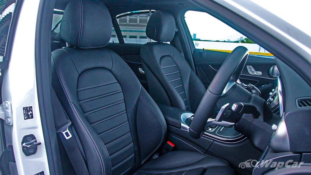 2018 Mercedes-Benz C-Class C 300 AMG Line Interior 030