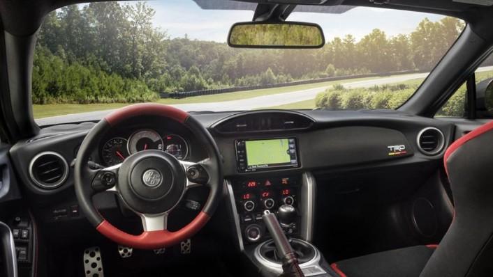 Toyota 86 (2019) Interior 001