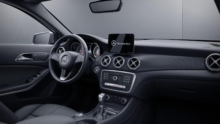 2019 Mercedes-Benz GLA 200 Style Interior 001
