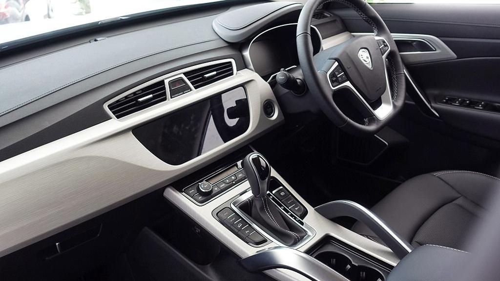2018 Proton X70 1.8 TGDI Executive AWD Interior 017