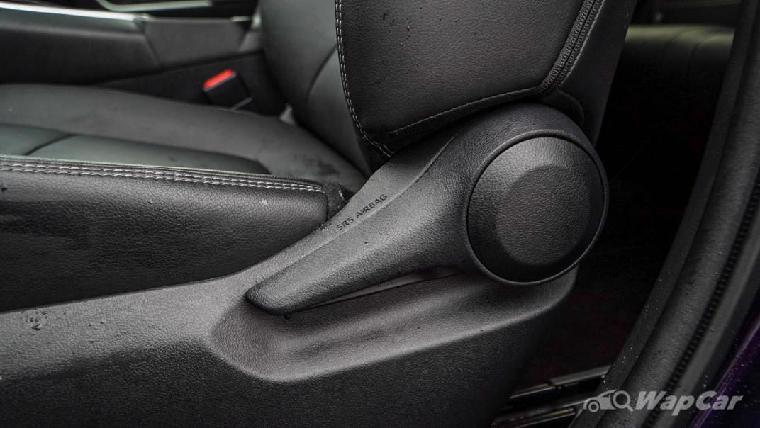2020 Toyota RAV4 2.5L Interior 152