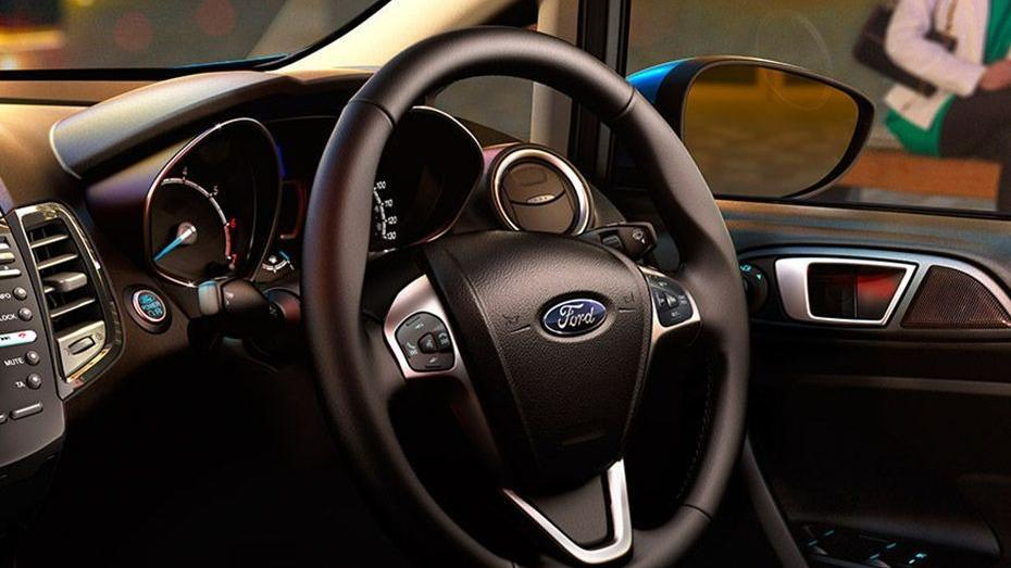 Ford Fiesta (2017) Interior 001