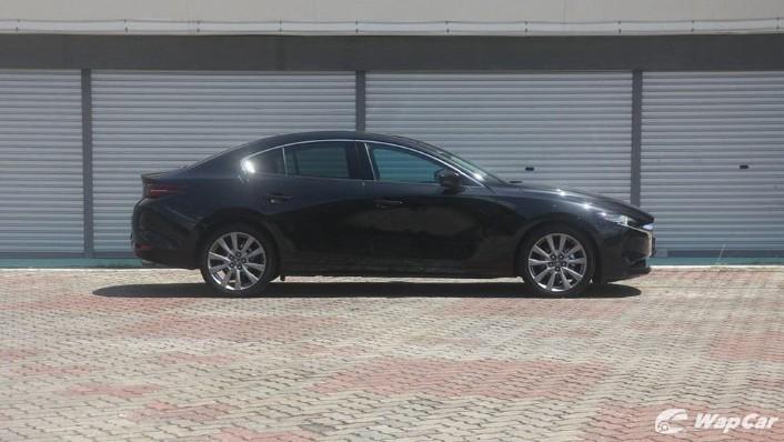 2019 Mazda 3 Sedan 2.0 SkyActiv High Plus Exterior 004