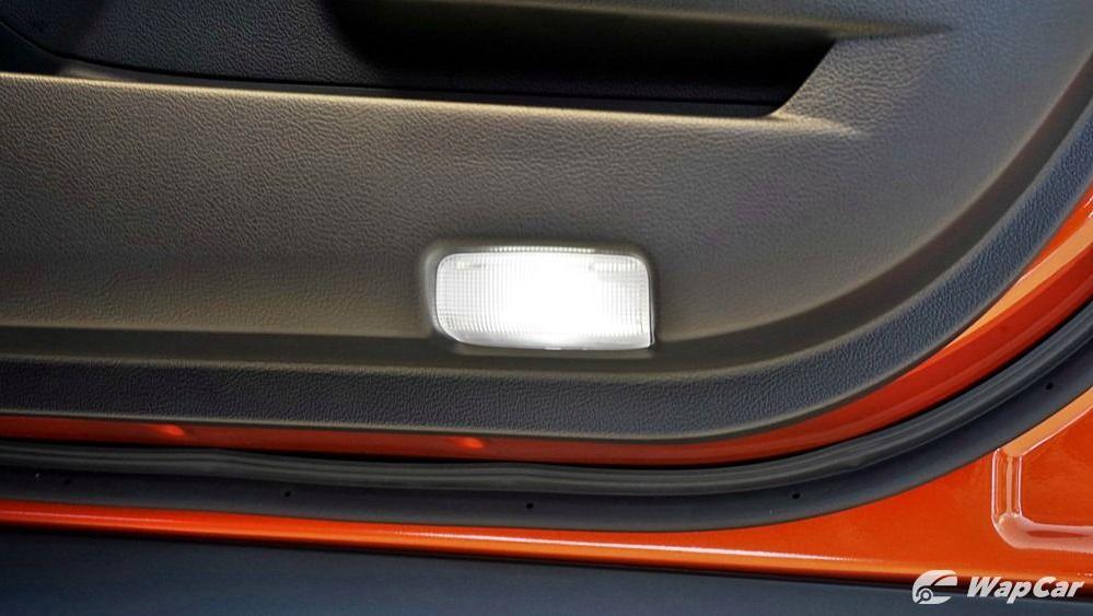 2020 Lexus UX 200 Urban Interior 038