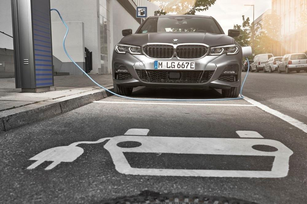All-new G20 BMW 330e goes on sale in Europe, Malaysia launch soon? 01
