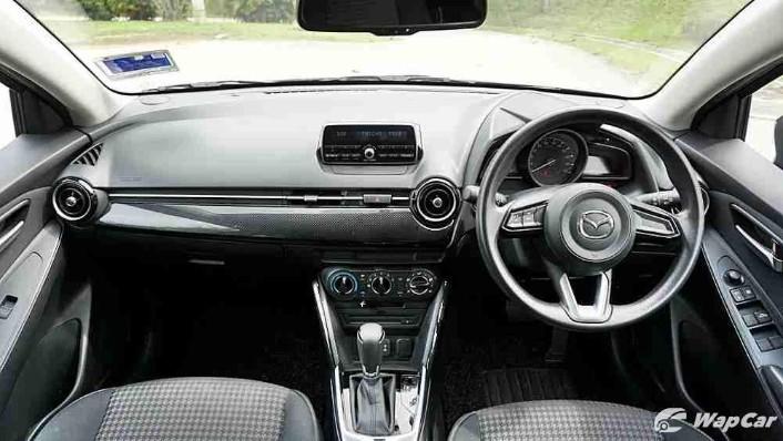 2018 Mazda 2 Hatchback 1.5 Hatchback GVC Mid-spec Interior 001