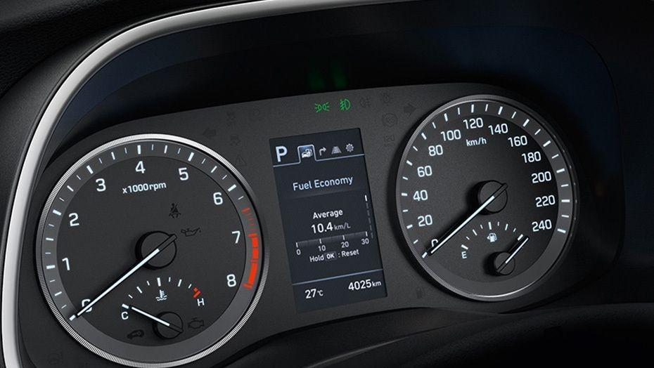 Hyundai Tucson (2018) Interior 006