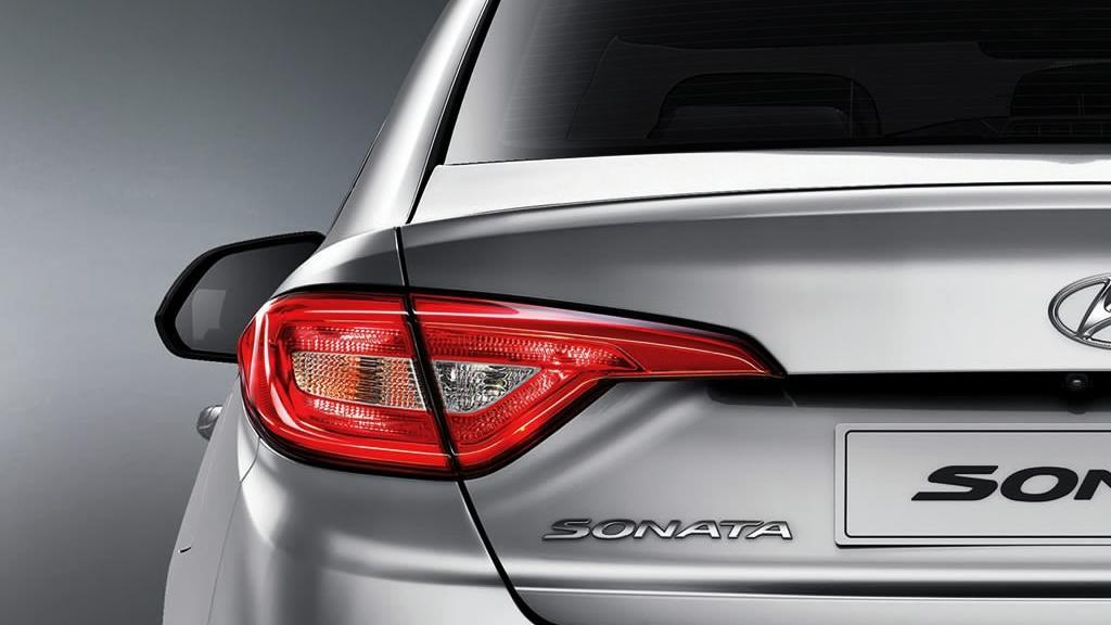 Hyundai Sonata (2017) Exterior 013