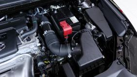 2019 Toyota Camry 2.5V Exterior 003