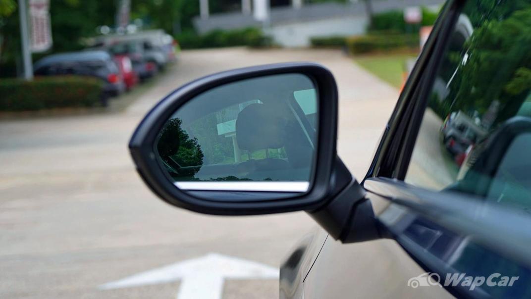 2020 Volkswagen Passat 2.0TSI Elegance Exterior 016