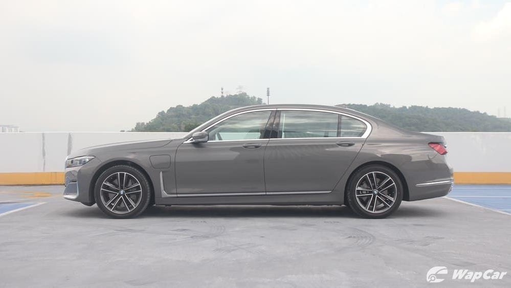 2019 BMW 7 Series 740Le xDrive Exterior 008