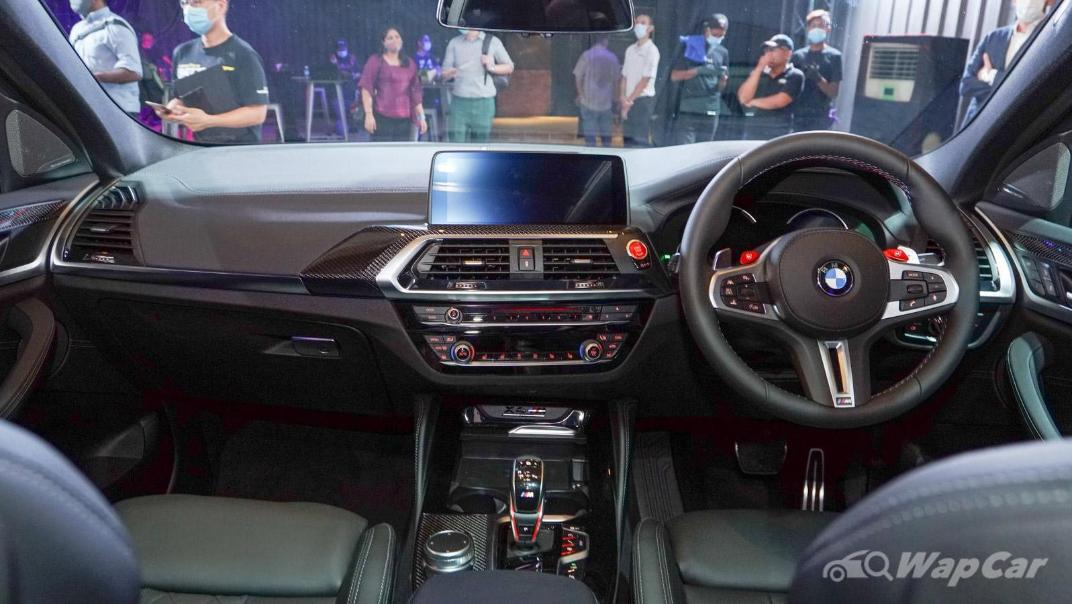 2020  BMW X4 M Competition Interior 001