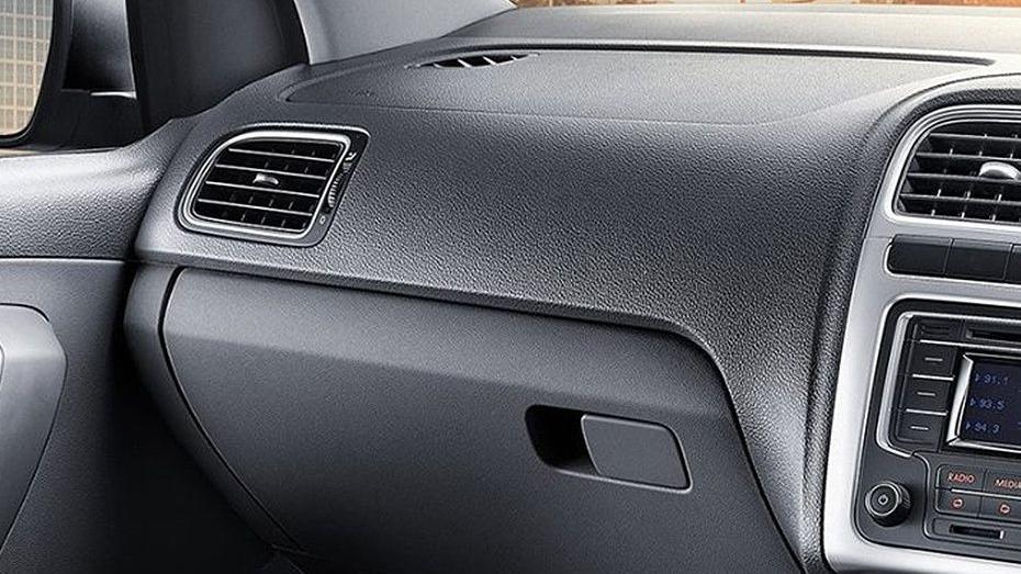 Volkswagen Vento (2018) Interior 012