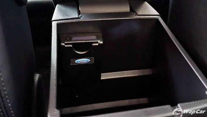 2019 Ford Ranger 2.0L XLT Limited Edition Interior 002