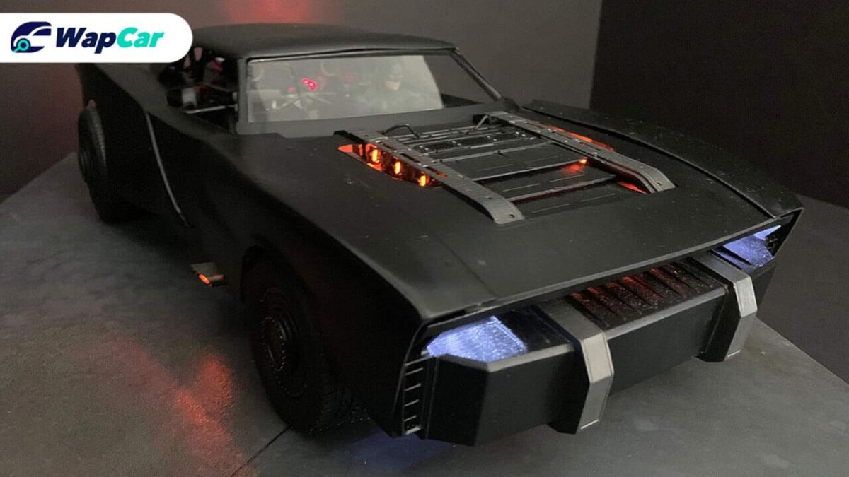 New Batmobile coming in 2021! Do you like the muscle car vibes?  01