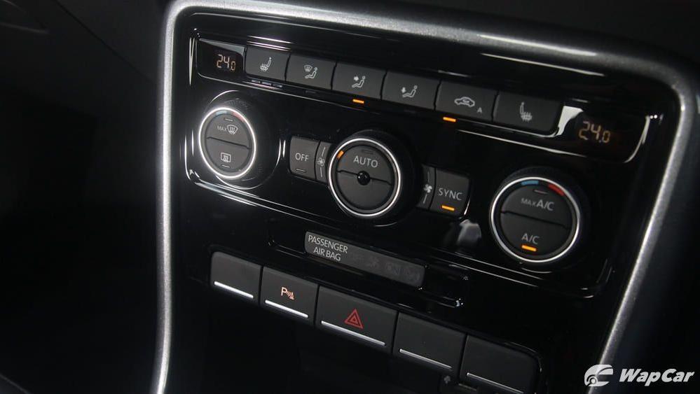 2018 Volkswagen Beetle 1.2 TSI Sport Interior 013