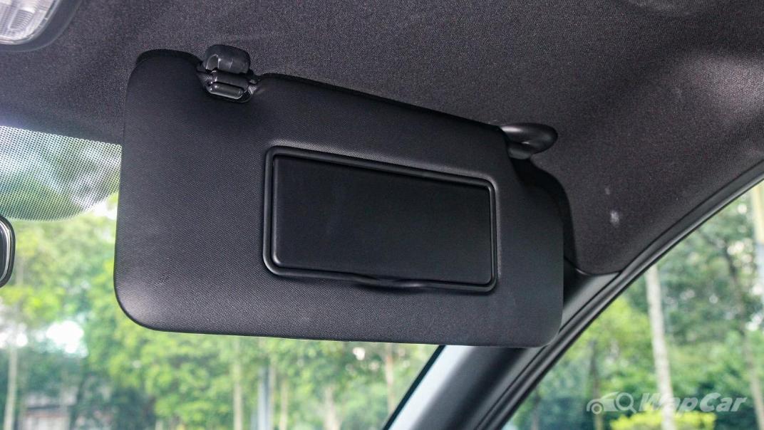 2019 Honda HR-V 1.8 RS Interior 090