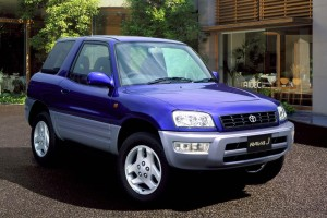 When Japan stopped working half Saturdays, the Toyota RAV4 became No.1. Here's why