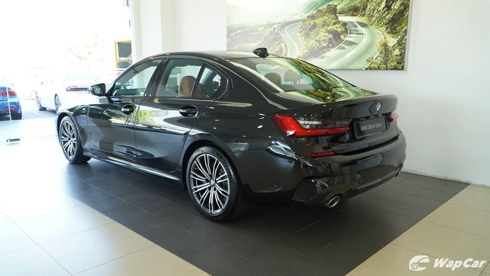 2019 BMW 3 Series 330i M Sport Exterior 008