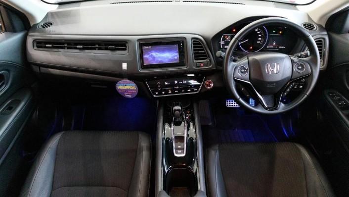2019 Honda HR-V 1.5 Hybrid Interior 001