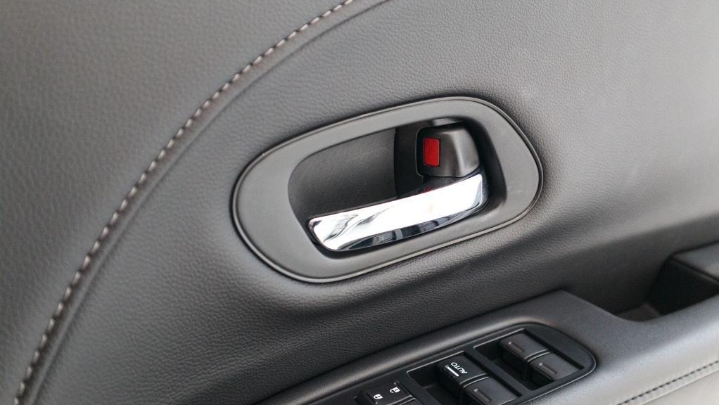 2019 Honda HR-V 1.5 Hybrid Interior 043