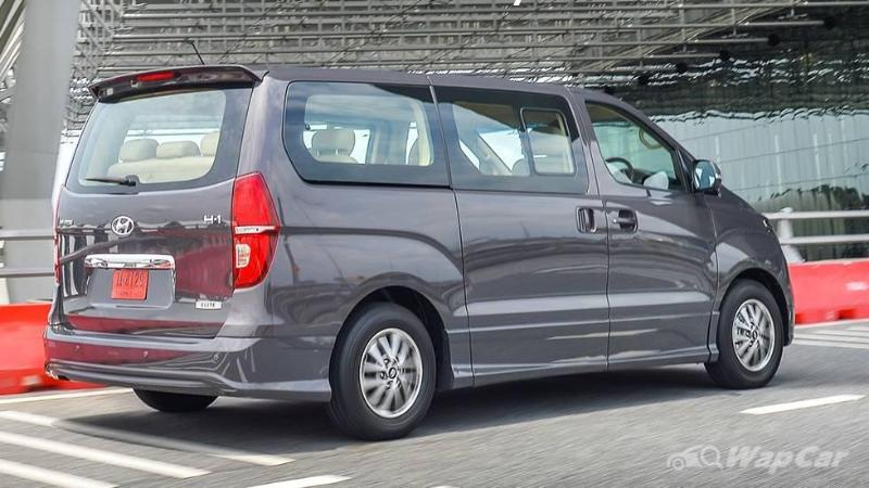 Hyundai H-1 still leads Thailand's 11-seater MPV market, but the 2021 Kia Carnival is catching up 02