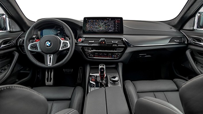 2020 BMW M5 Interior 001