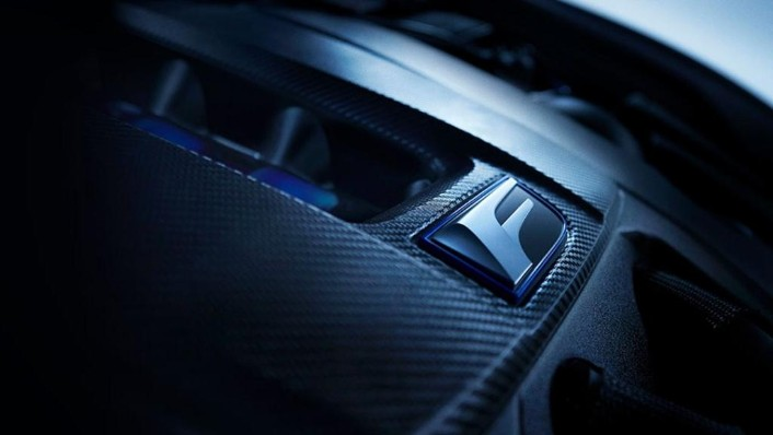 Lexus RC F (2020) Interior 006