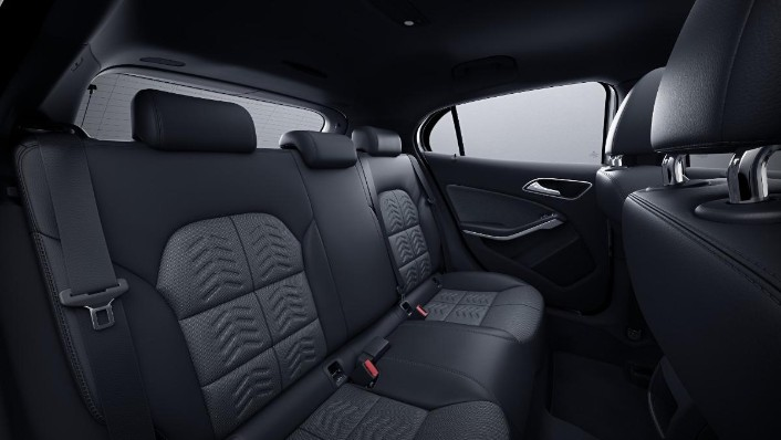2019 Mercedes-Benz GLA 200 Style Interior 003