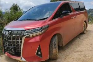 Only in Indonesia, owners will take the Toyota Alphard off-road