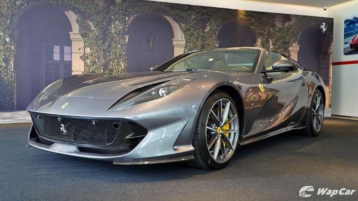 2020 Ferrari 812 GTS Exterior 001