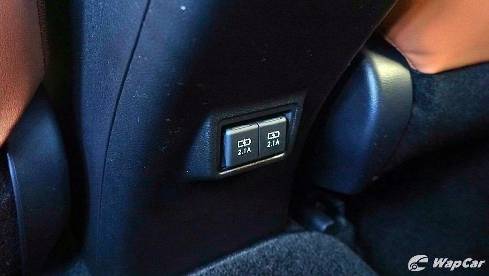 2020 Lexus UX 200 Luxury Interior 048