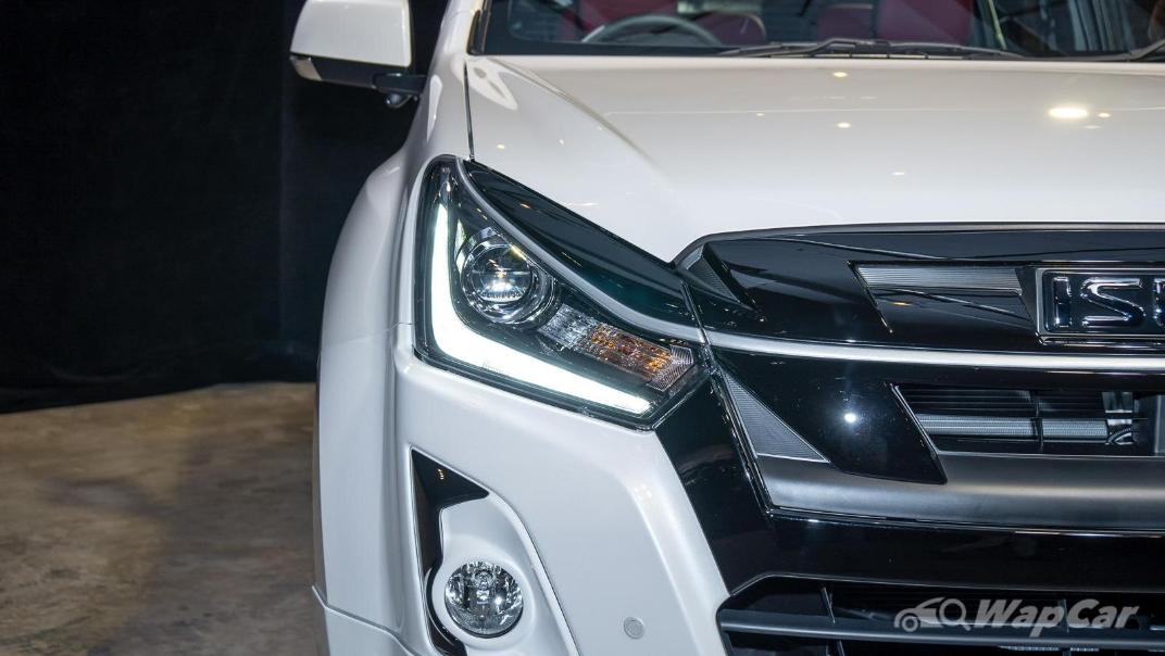 2020 Isuzu D-Max Stealth 1.9L 4×4 AT Exterior 008