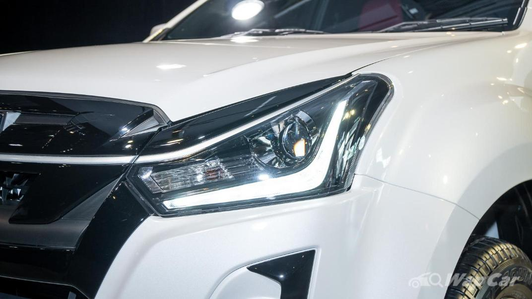 2020 Isuzu D-Max Stealth 1.9L 4×4 AT Exterior 010