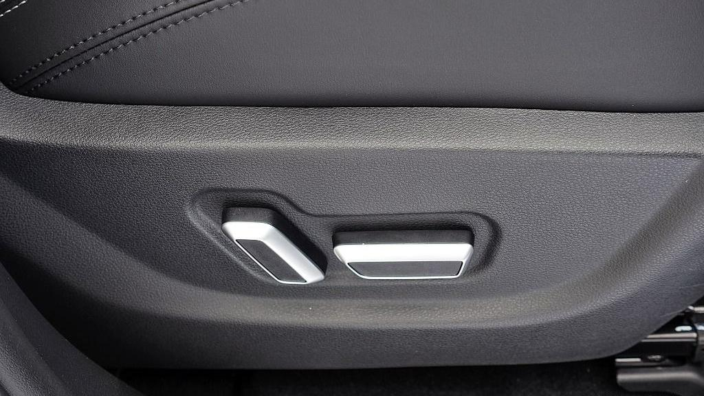 2018 Proton X70 1.8 TGDI Executive AWD Interior 046