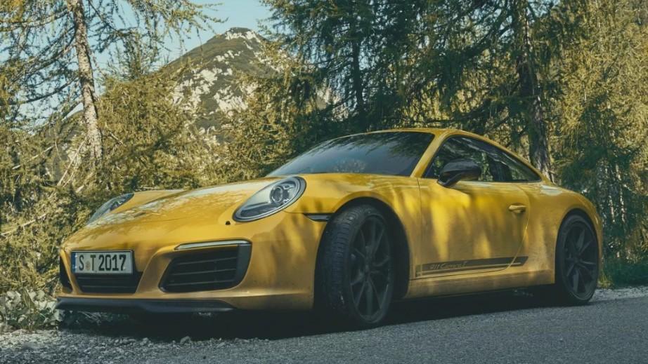 2018 Porsche 911 Carrera T Exterior 001
