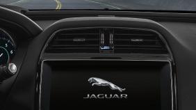 Jaguar XE (2017) Exterior 007