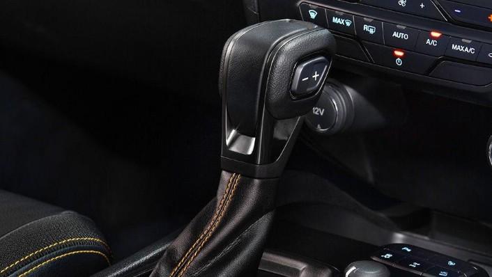 Ford Ranger (2018) Interior 008