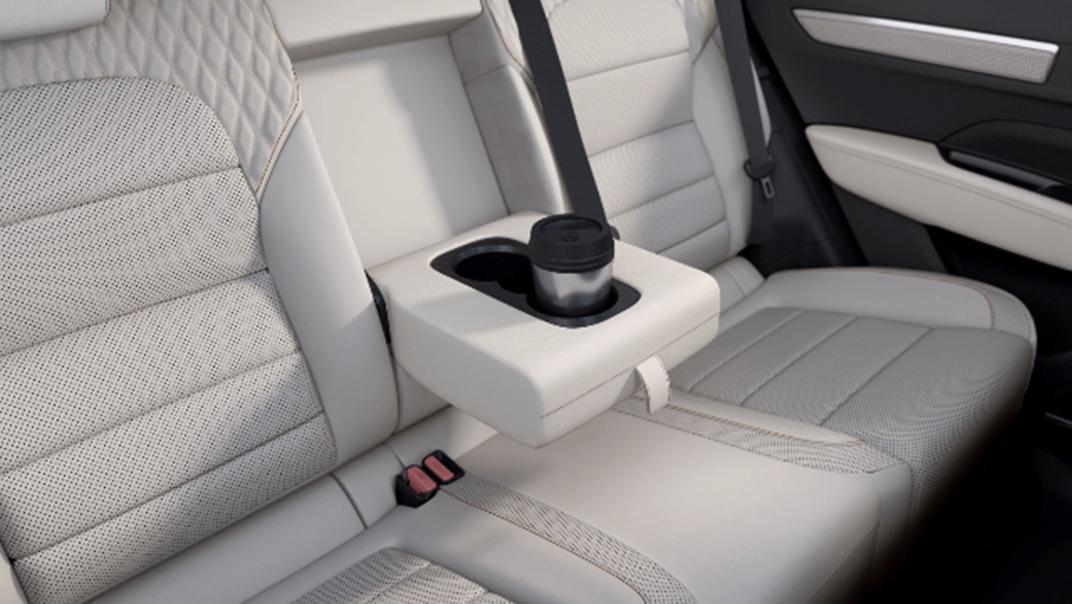 2021 Renault Koleos Interior 011
