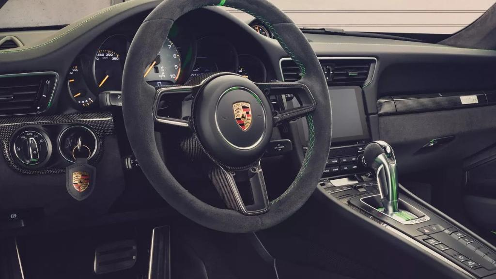 2019 Porsche 911 GT3 RS Interior 002