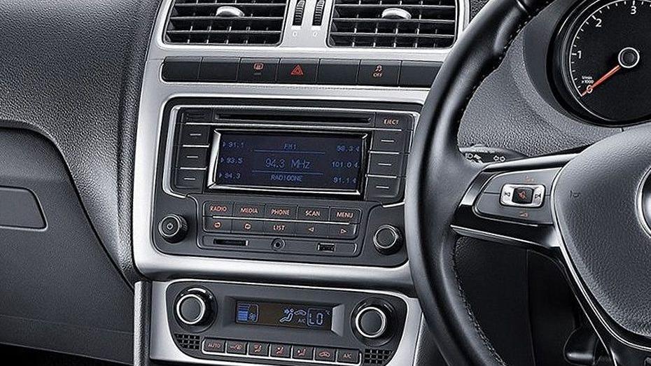 Volkswagen Vento (2018) Interior 006