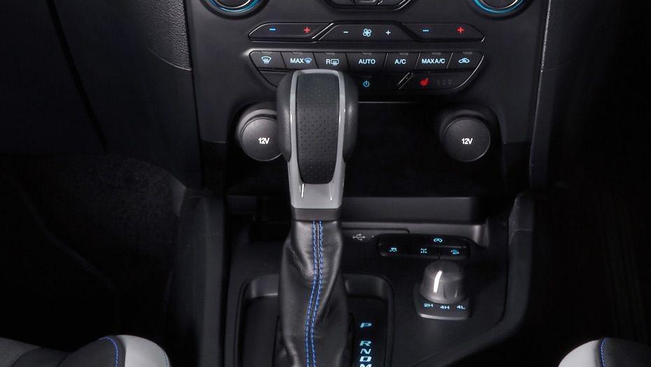 Ford Ranger (2019) Interior 007