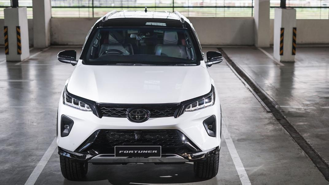 2021 Toyota Fortuner 2.8 VRZ AT 4x4 Exterior 002