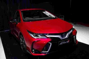 All-new Toyota Corolla Altis launched in Thailand – 6 variants, GR Sport debut