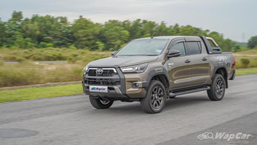 2020 Toyota Hilux Double Cab 2.8 Rogue AT 4X4 Exterior 058